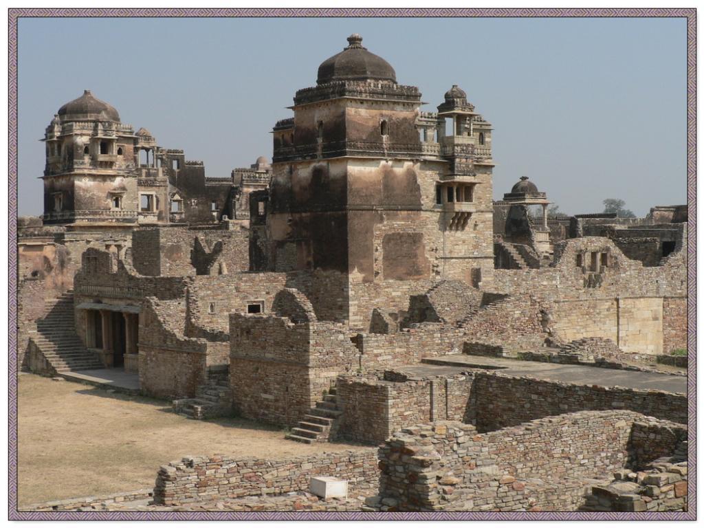 Image result for चित्तौड़गढ़ का जौहर कुंड,